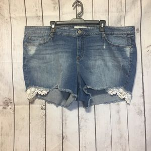Torrid Blue Jean Cut Off Shorts 26 Distressed Lace